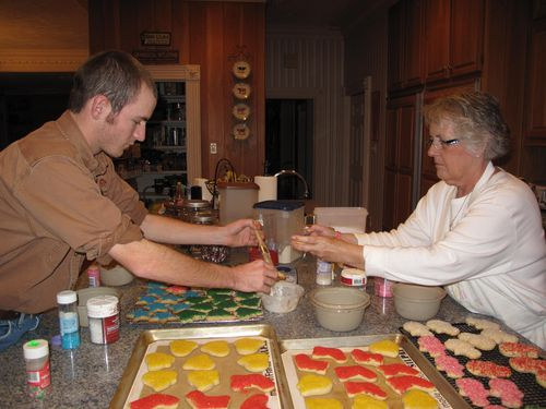 2010 Cookie Making,Ed's Present, 001 (3)
