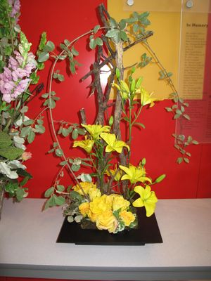 2011 Floral Design Program, Yard Flowers, Coon & Earring 015