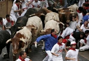 Runningofthe_bulls